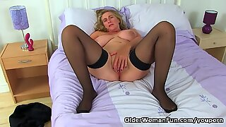 English milf Camilla Creampie lowers her leather pants