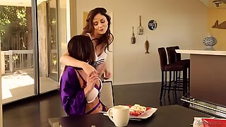Ariana Marie and Kendra eagerness nearly Caught