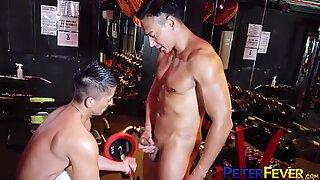 PETERFEVER Japanese Ryuji Fucks Young Stud After Workout