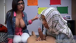 Mia Khalifa and her friend bravely flunked and fucked a foreigner.