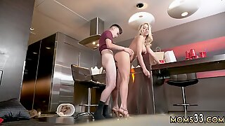 Amateur cum dripping pussy Horny Step Mom Gets Slammed
