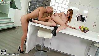 Horny blonde hottie Sophie Moone works on her bitch's snatch