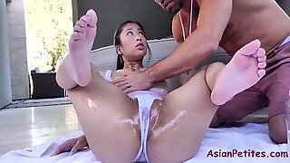 Oiled Asian Slut Gets Her Cunt Fucked By The Pool- Jade Kush