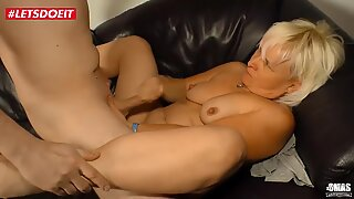 Amateur Blonde Granny likes it Rough Sex
