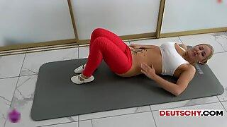 Yoga girl - Braucht Dein Sperma