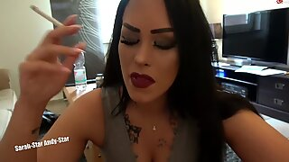 PRACHTVOLL !!! HEISSES MADEL RAUCHEN fellatio utter HD 1080 , SMOKING suck off