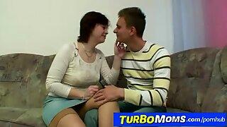 Boy virgin seduced by hairy pussy lady Danica