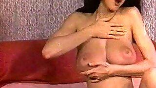 MELLOW YELLOW - vintage 60's huge tits striptease