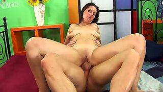 Zealous brunette mom Susanne sucks her stud's massive dick