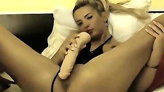 Blonde Ebony cams - Dirtyyycams.com