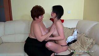 Threesome with the BBW granny