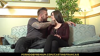 CASTING FRANCAIS - Cutie does her first porn tape