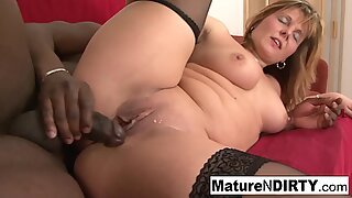 MILF gets cum in her mouth after anal!