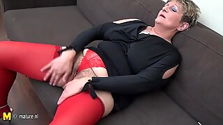 Naughty housewife jerk off on the couch