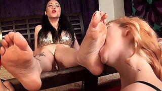 POTS asian domina Foot adore