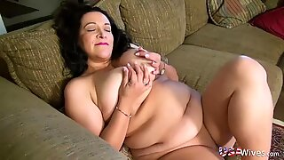 USAwives Mature Ladies Solos and Toys Compilation